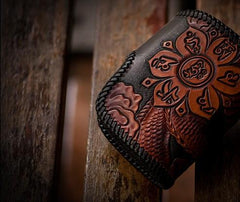 Handmade Leather Tooled Chinese Dragon Biker Wallet Mens Cool Short Chain Wallet Trucker Wallet with Chain