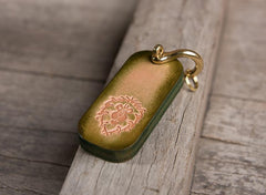 Handmade Leather Mens World of Warcraft Cool Keychain KeyCharm Keyring Pendant for Men