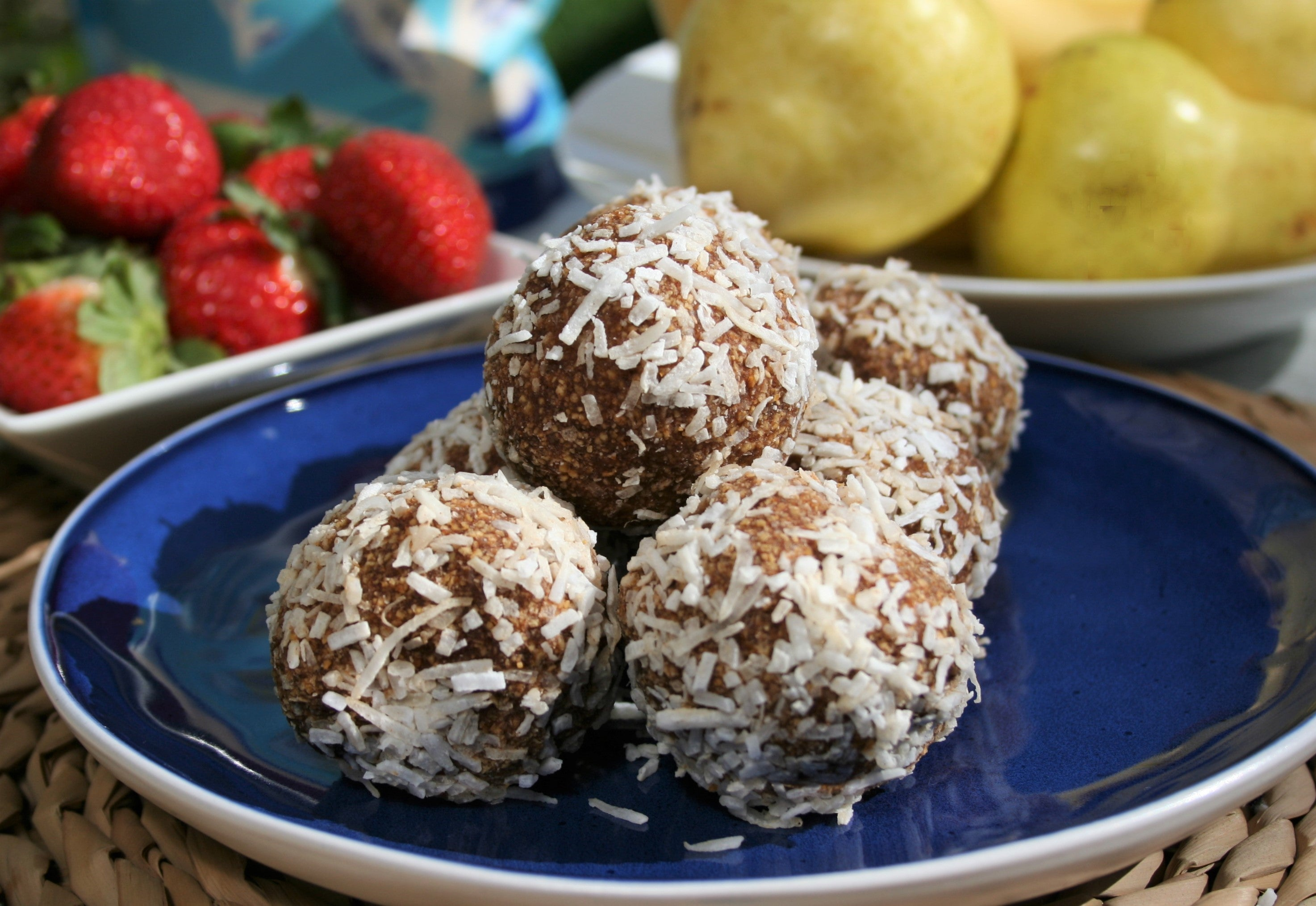 Cacao & Coconut Protein balls