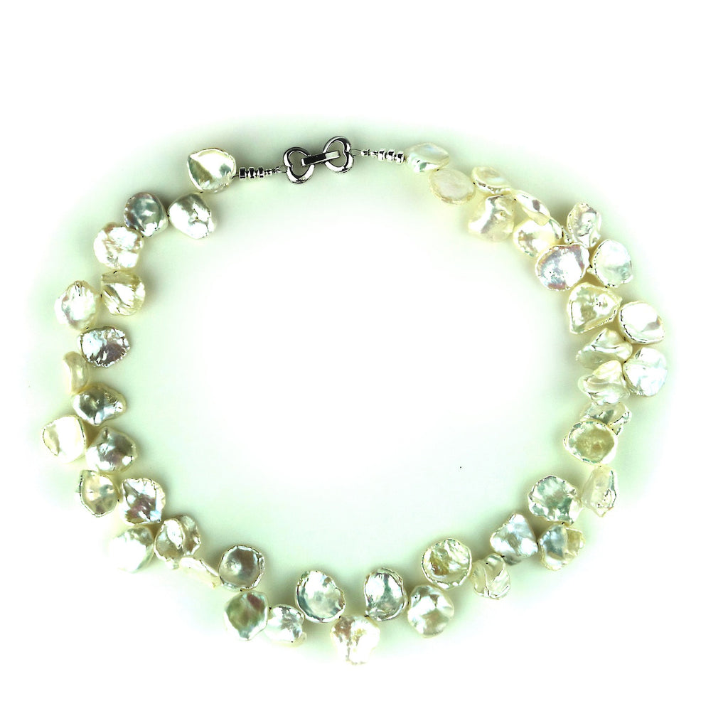Gemjunky  Elegant Choker Necklace of White Keshi Pearls