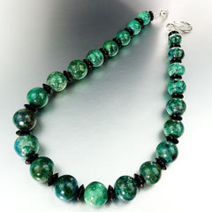 Gemjunky  Stunning Graduated Round Chrysocolla and Black Smooth Polished  Onyx Necklace