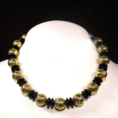Gemjunky  Elegant Gold and Black Choker Necklace
