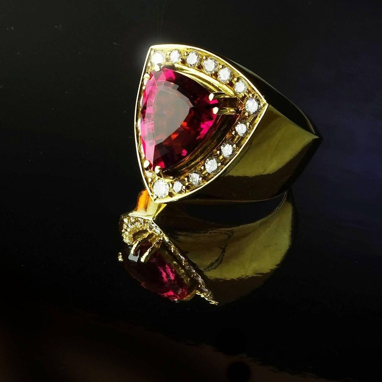 Gemjunky  and Diamond 18K Yellow Gold Cocktail Ring