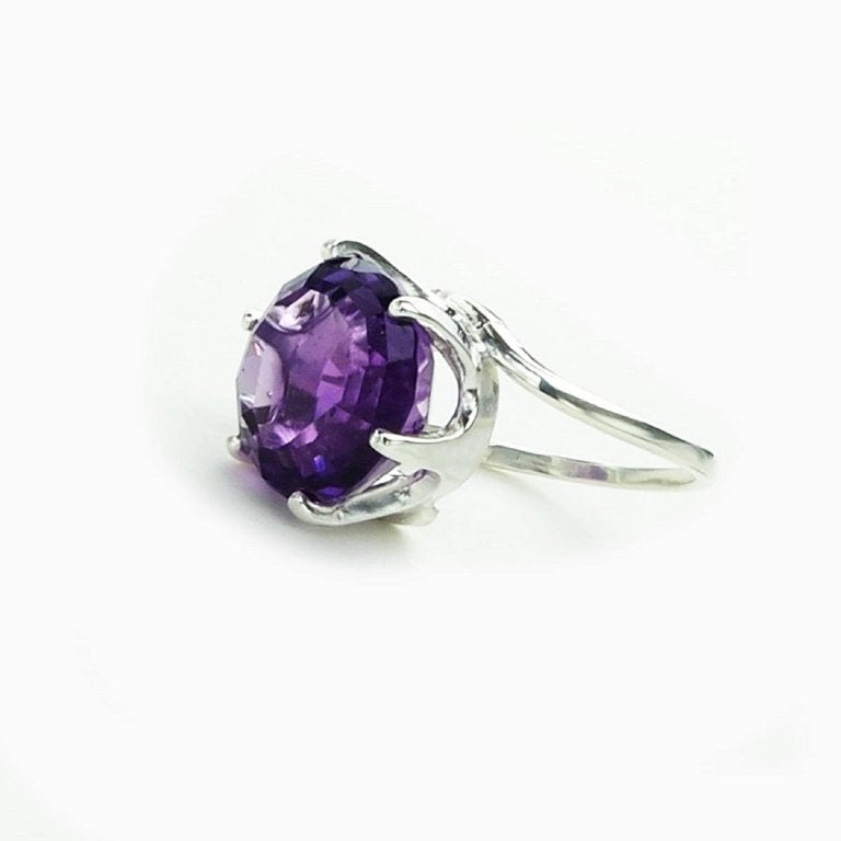 Round Amethyst set in Sterling Silver Ring