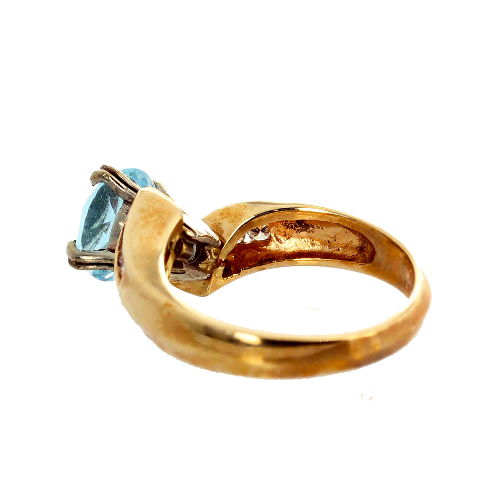 14KT Yellow Gold Aquamarine and Diamond Ring