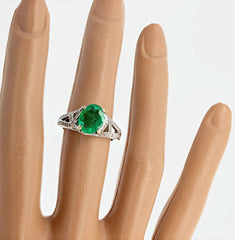Colombian Emerald and Diamond Gold Ring