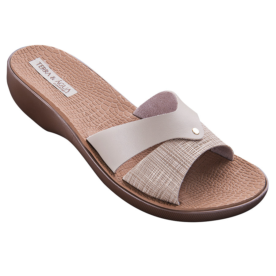Terra & Agua Wedge Sandals