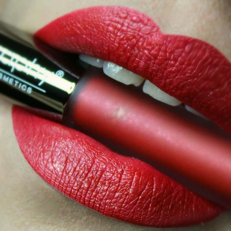 BODYOGRAPHY Lip Lava Liquid Lipstick - Strawberry Moon