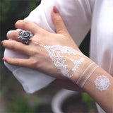 Faux tatouage henné blanc mariage oriental mandala pour la main poignée doigt tatouage éphémère  fau henne autocollant fake tatouages temporaire tatoo tattoo-ephemere
