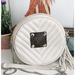 Round Cross Body Bags