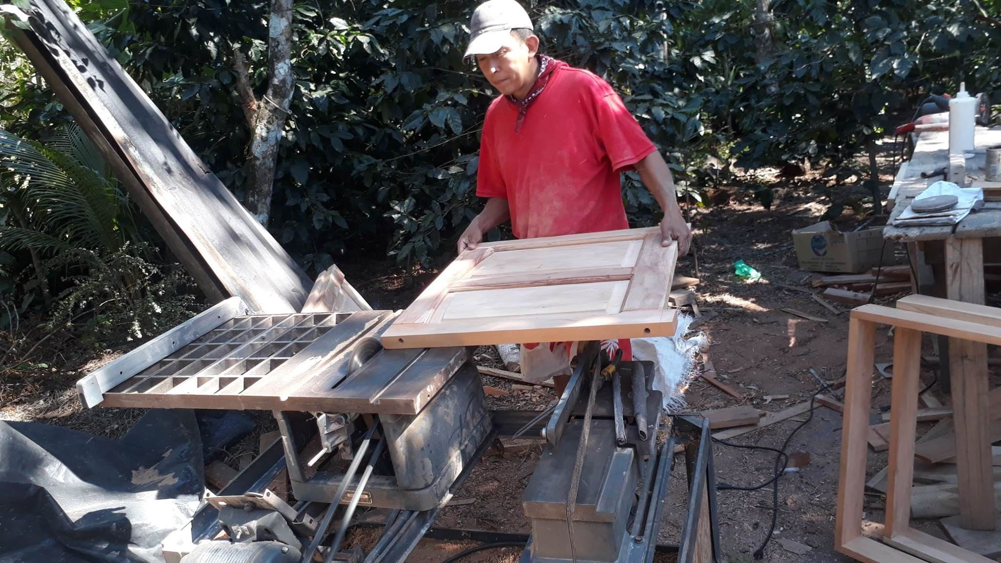 Second Life for a Beehive Making Table Saw
