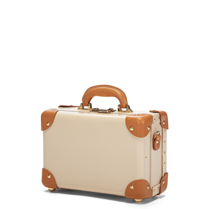 The Diplomat Vanity Case in Nude - Retro-Style Attaché Case - Exterior