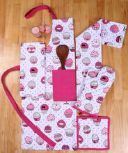 Online shopping casa decors set of apron oven mitt pot holder pair of kitchen towels in a valentine cup cakes design made of 100 cotton eco friendly safe value pack and ideal gift set kitchen linen set