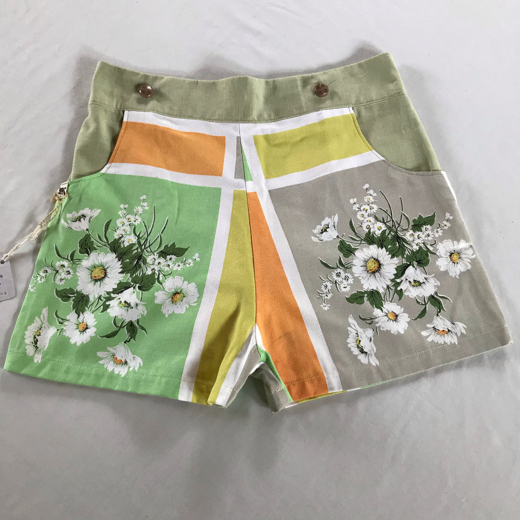 High waisted women's shorts - size 12