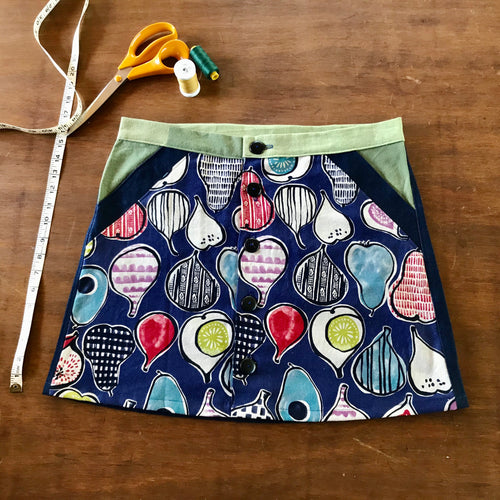 Japanese design button up skirt - size 12