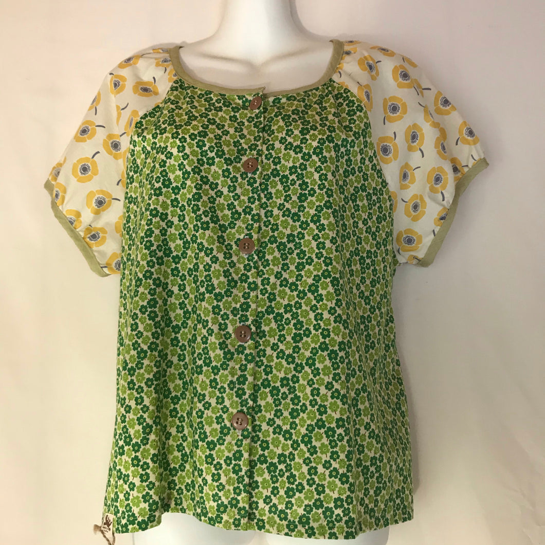 Women's button front blouse size 10