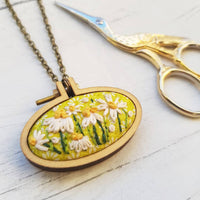 'Wild Daisies' Necklace - Hand Embroidered Wearable
