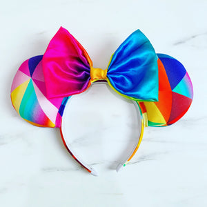 Geometric rainbow ears