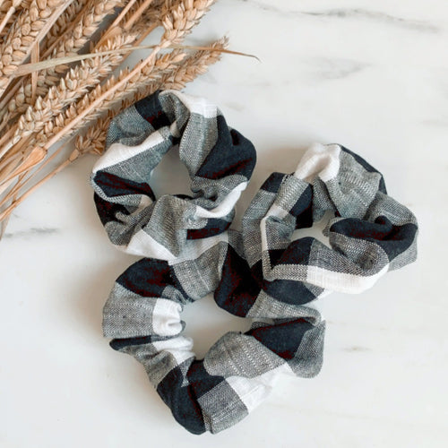 Black and white plaid scrunchie