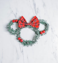 Wreath | Berry Vintage Tartan Mouse Wreath