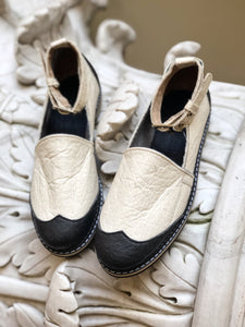 BLACK & WHITE loafers