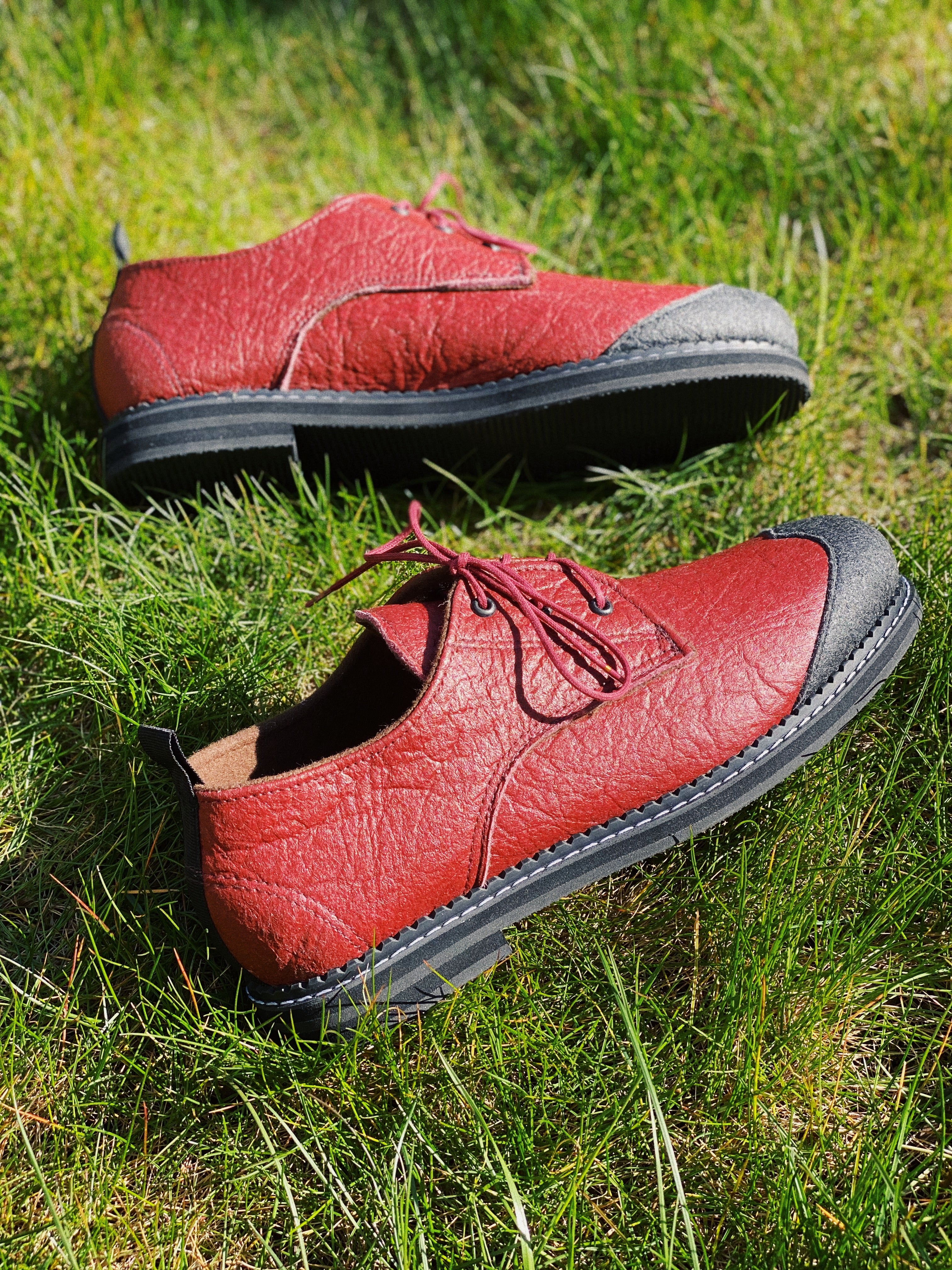 CANYON oxfords (size 40)