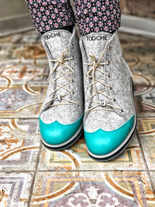 Oxford turquoise shoes