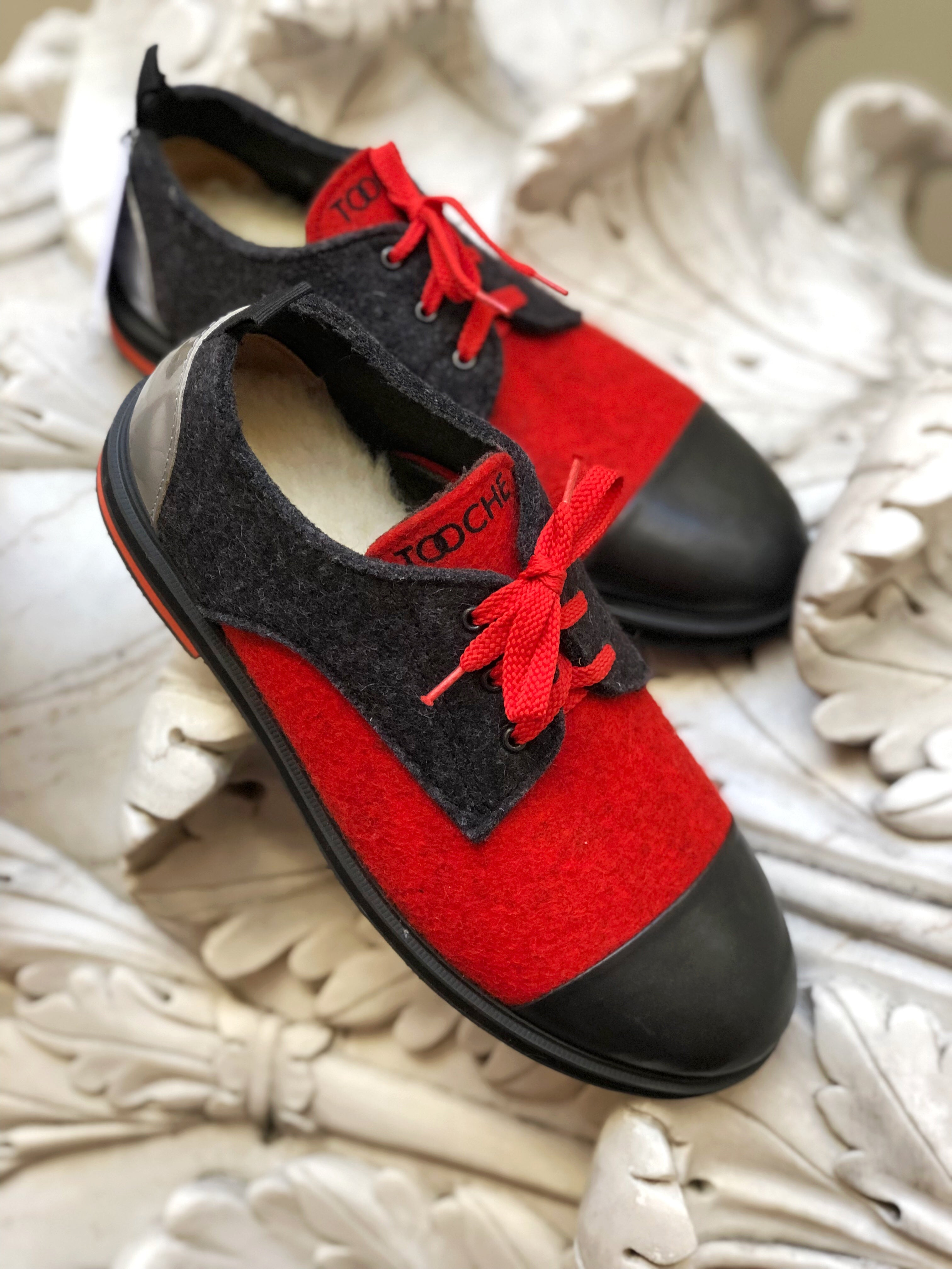 RED AND BLACK (SIZE 39 IN STOCK)