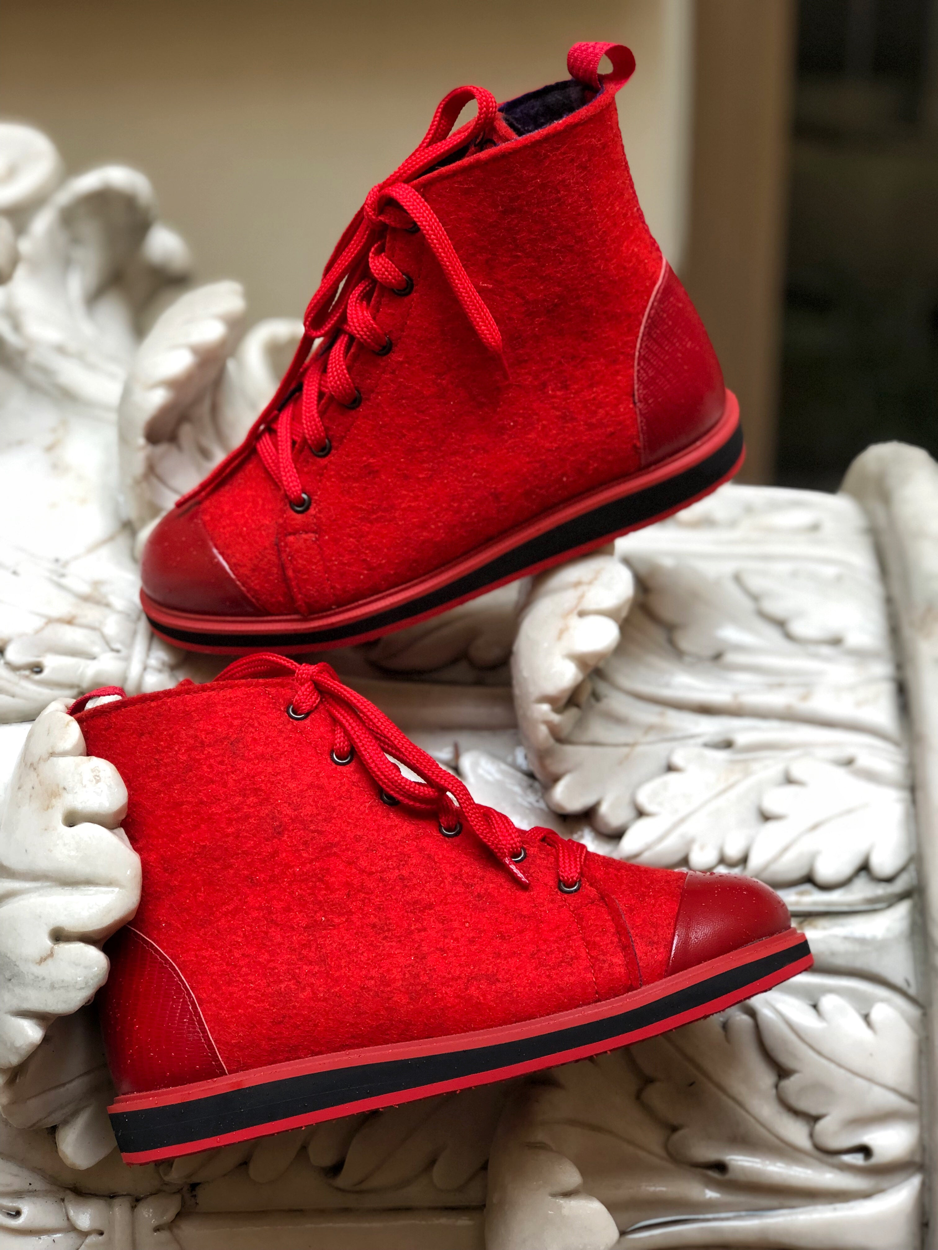 APPLE RED shoes
