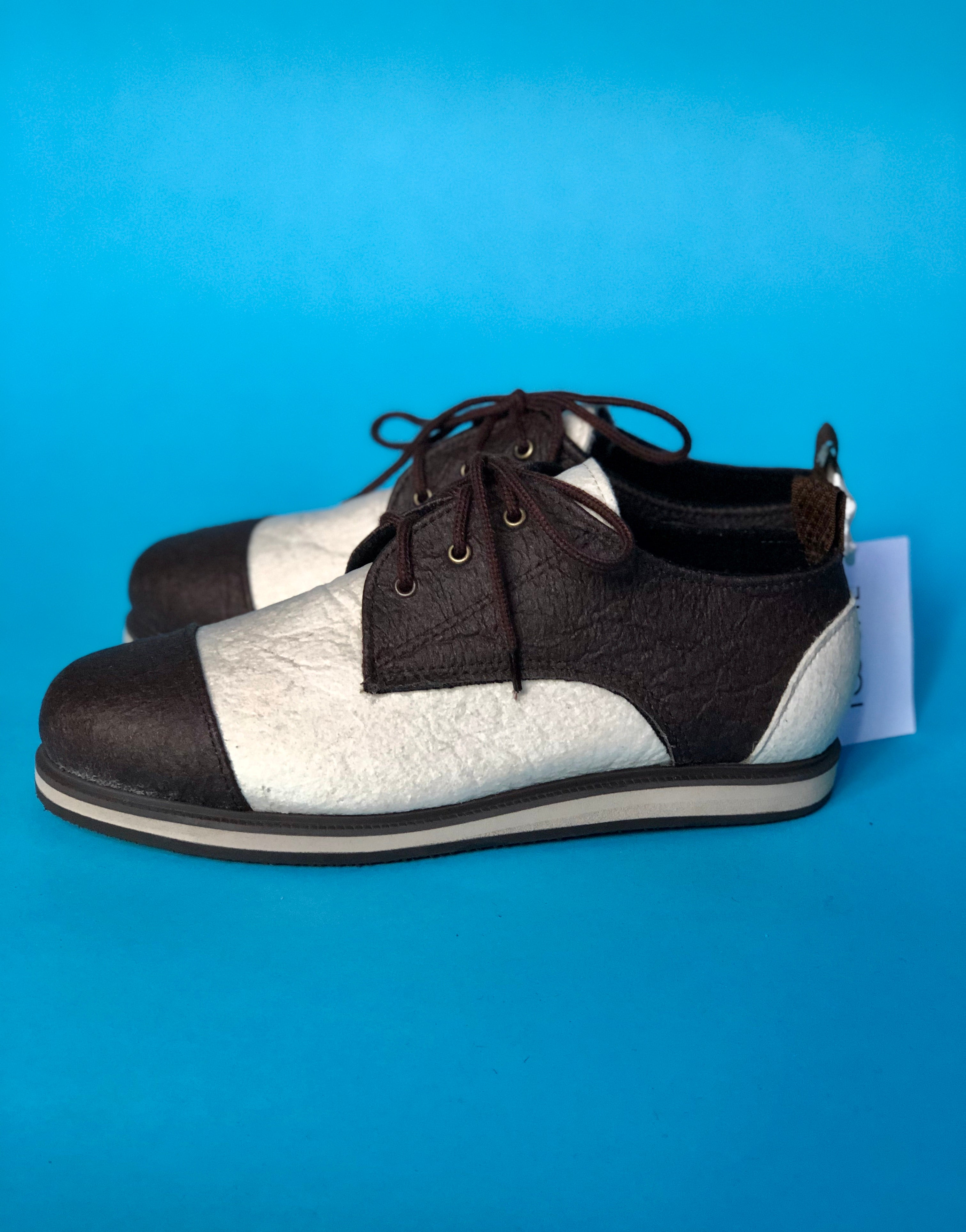 VEGAN DERBY (sizes 37, 38, 40, 41)