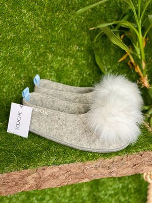 VEGAN POMPOM slippers