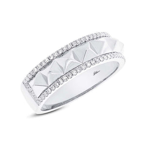 14k White Gold Diamond Lady's Ring - 0.20ct
