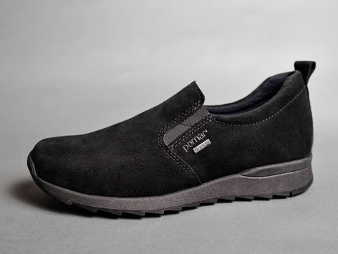 KANERVA Womens GORE-TEX slip-on sneaker