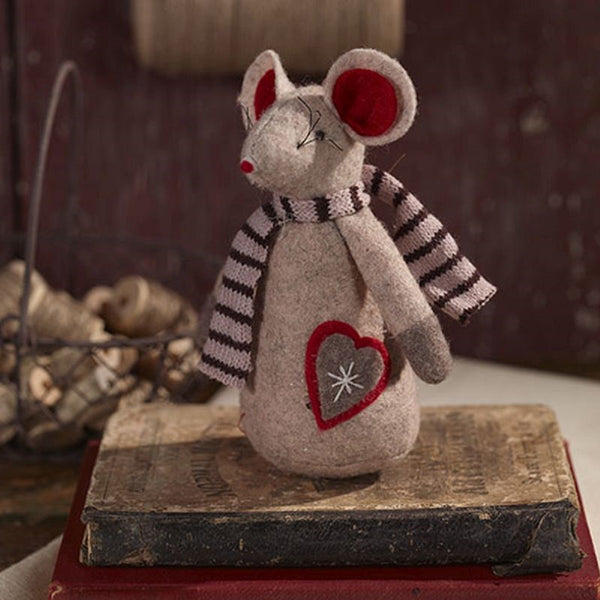 Primitive Little Christmas Mouse