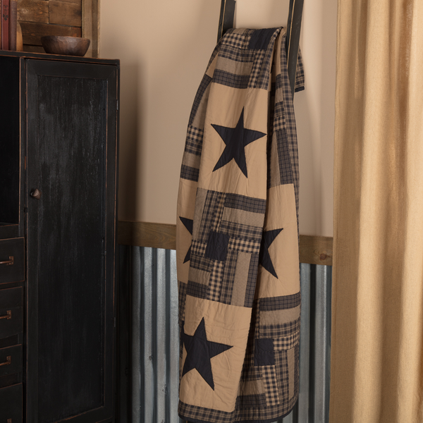Primitive Black Check Star Quilted Throw - BJS Country Charm