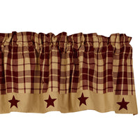 Country Curtains, Valance