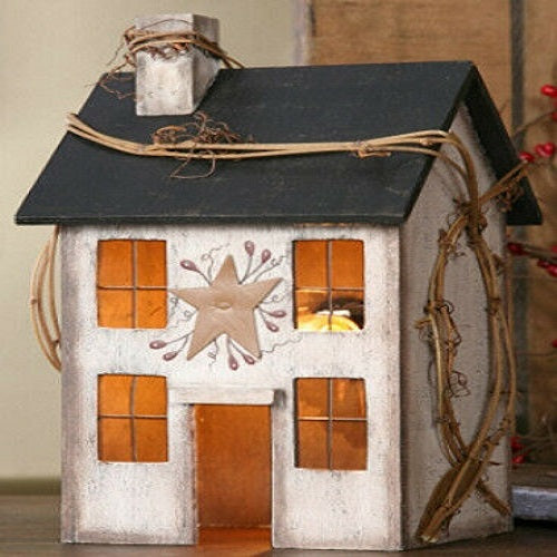 Country Primitive Whitewash Saltbox House Lamp Light Tin Star & Grapevine Berry