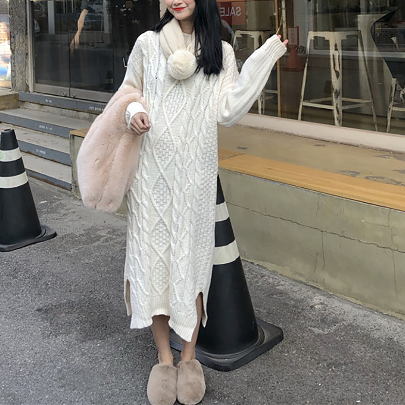 Casual round neck loose pattern knit dress