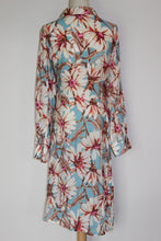 Load image into Gallery viewer, Tulips Floral Dress Size 12