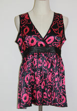 Load image into Gallery viewer, Pink & Black Pleated Top Sizes Sml, Med & Lg *CLEARANCE*