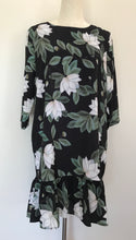 Load image into Gallery viewer, Tulips Frill Hem Dress Size 12