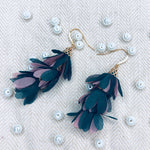 T2 - chic earring with flower tassel