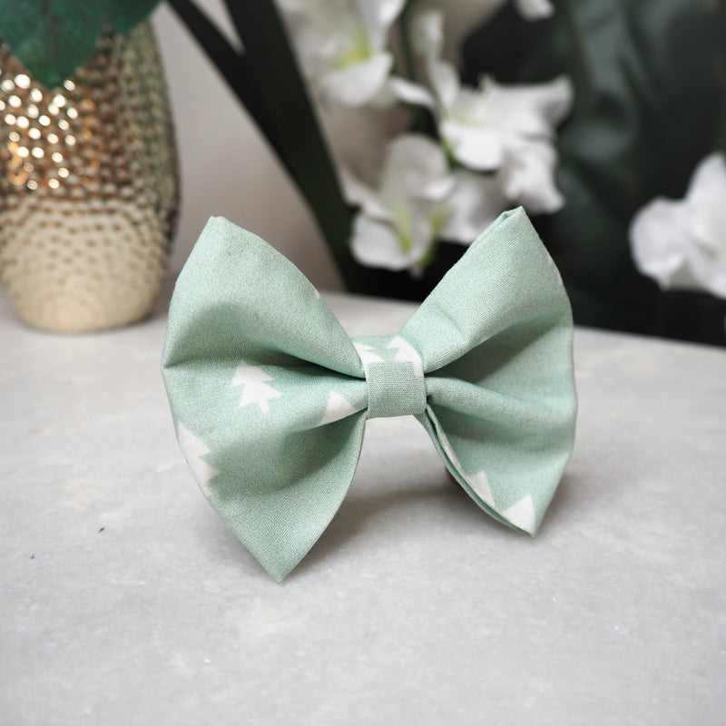 'Mint Pines' Bow Tie