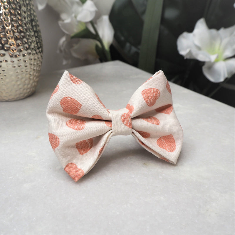 'Love Hearts' Bow Tie
