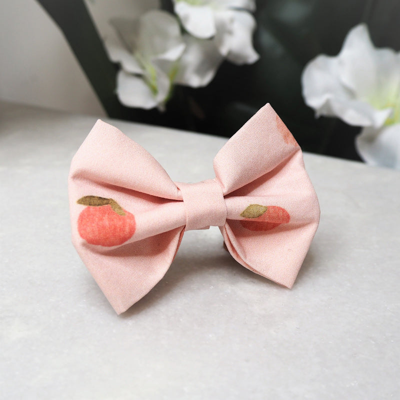 'Peaches' Bow Tie