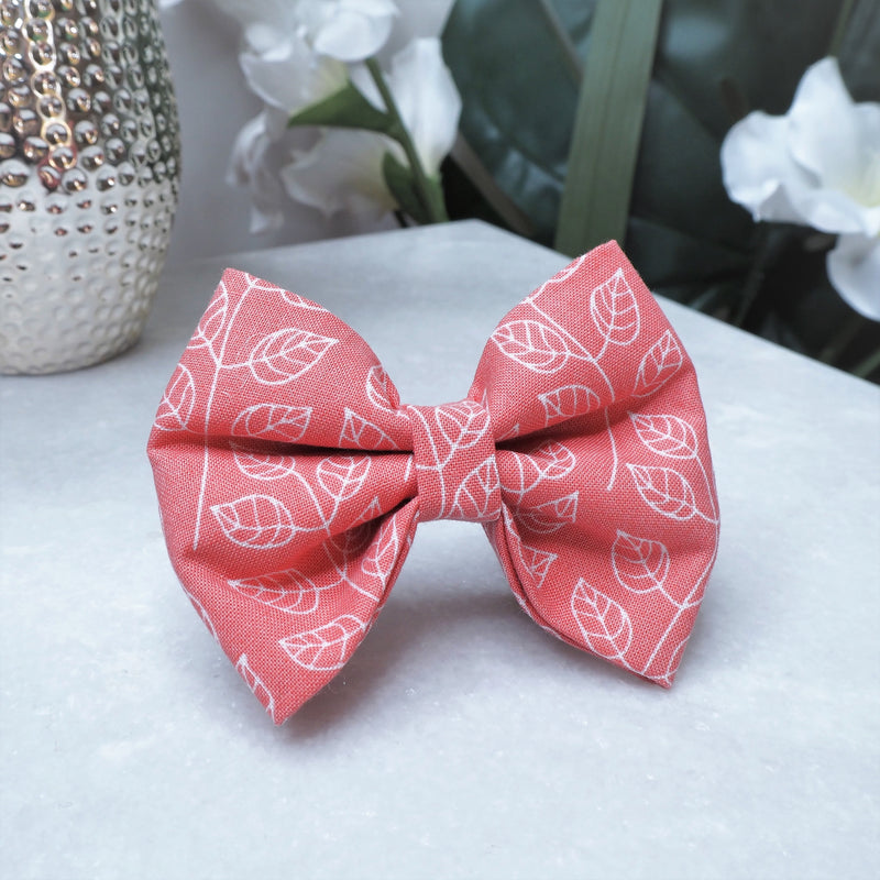 'Strawberry Dream' Bow Tie