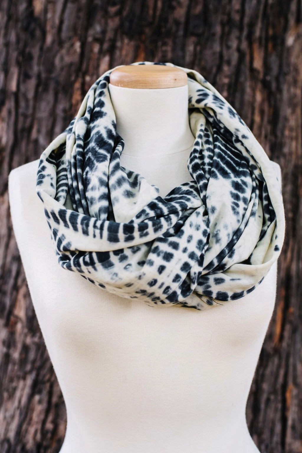Black + White Angie Infinity Scarf - ROSE MADE SHOP