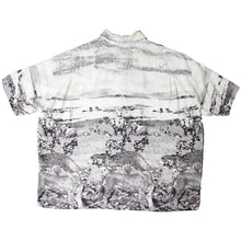 Load image into Gallery viewer, Issey Miyake 90s Rayon Short Sleeve Button Up <Br> Size Medium