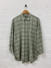 Load image into Gallery viewer, issey miyake button up <Br> size large
