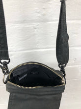 Load image into Gallery viewer, Porter Black small bag <Br> size os